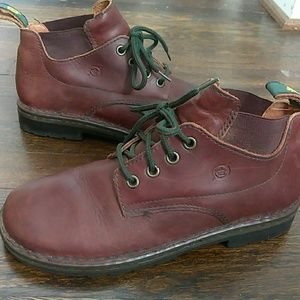 Born brown leather square toe ankle boots size 7.5
